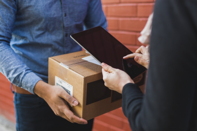 6 Qualities to Look for in a Medical Courier